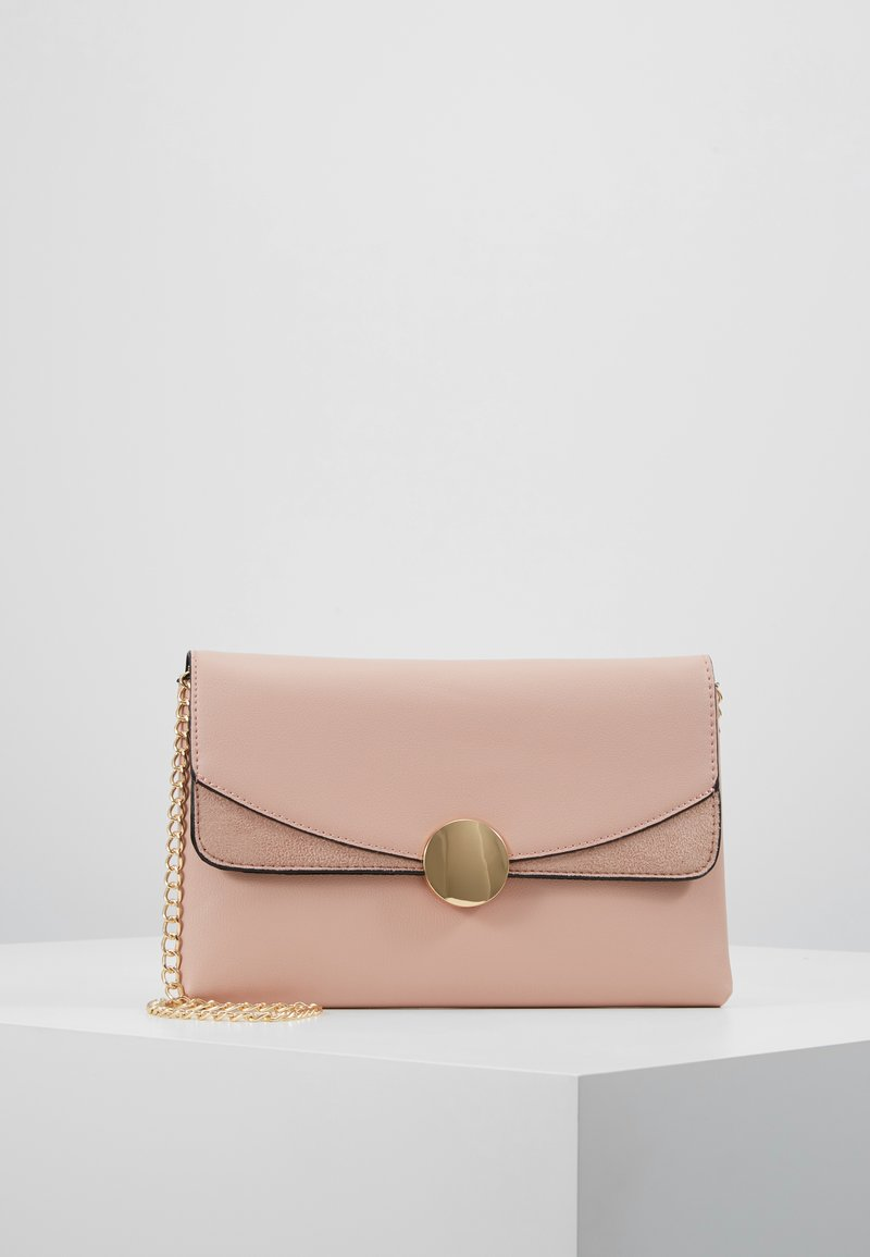 Dorothy Perkins - CIRCLE HARDWARE - Clutch - blush