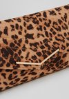 Dorothy Perkins - STITCHED - Clutch - brown