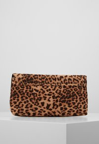 Dorothy Perkins - STITCHED - Clutch - brown - 2