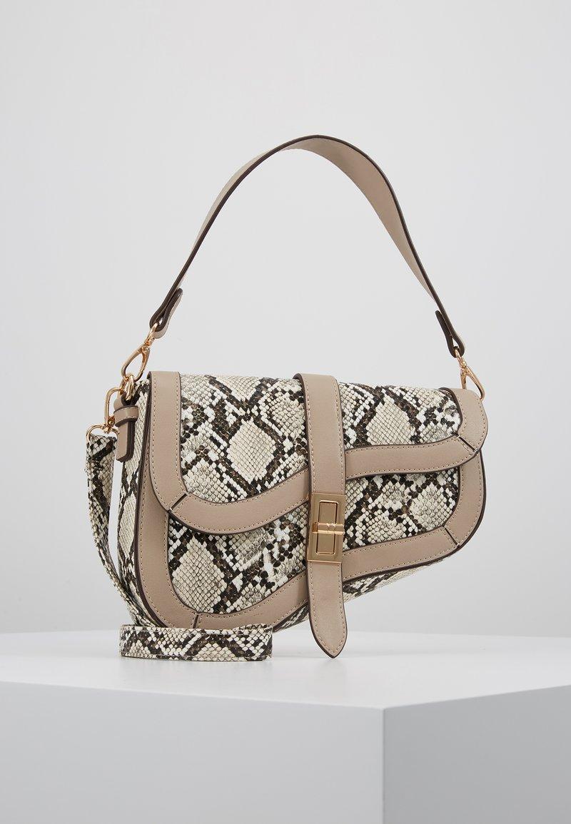Dorothy Perkins - CURVE TWISTLOCK SHOULDER - Handbag - nude