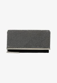 Dorothy Perkins - DIAMONTE CHAINMAIL CLUTCH - Clutch - silver - 5