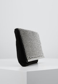 Dorothy Perkins - DIAMONTE CHAINMAIL CLUTCH - Clutch - silver - 3