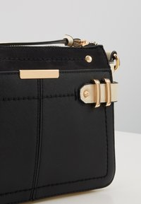 Dorothy Perkins - DOUBLE BAR CROSS BODY - Olkalaukku - black/stone - 6