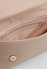 Dorothy Perkins - BAR  - Clutch - nude