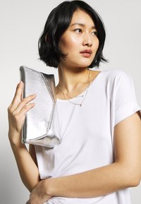 Dorothy Perkins - BAR  - Clutch - silver - 1