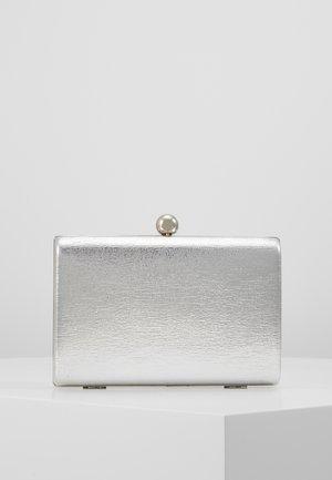 BALL CLASP BOX  - Pochette - silver