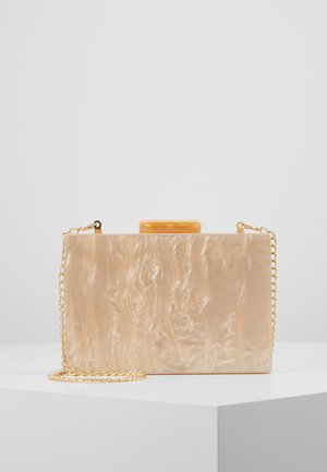 NUDE MARBLE BOX CLUTCH - Clutches - nude
