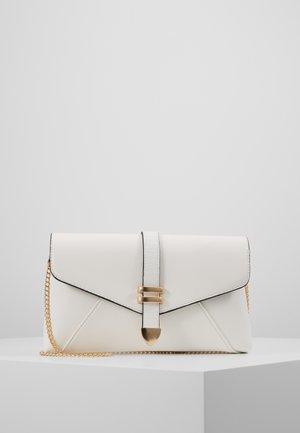 TAB - Clutch - white