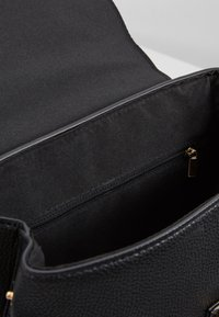 Dorothy Perkins - TAB DETAIL BACKPACK - Ryggsekk - black - 4