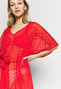 Dorothy Perkins - PLAIN TIE FRONT COVER UP - Strandaccessoire - red - 4