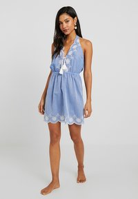 Dorothy Perkins - BRODERY DRESS - Complementos de playa - chambray - 1