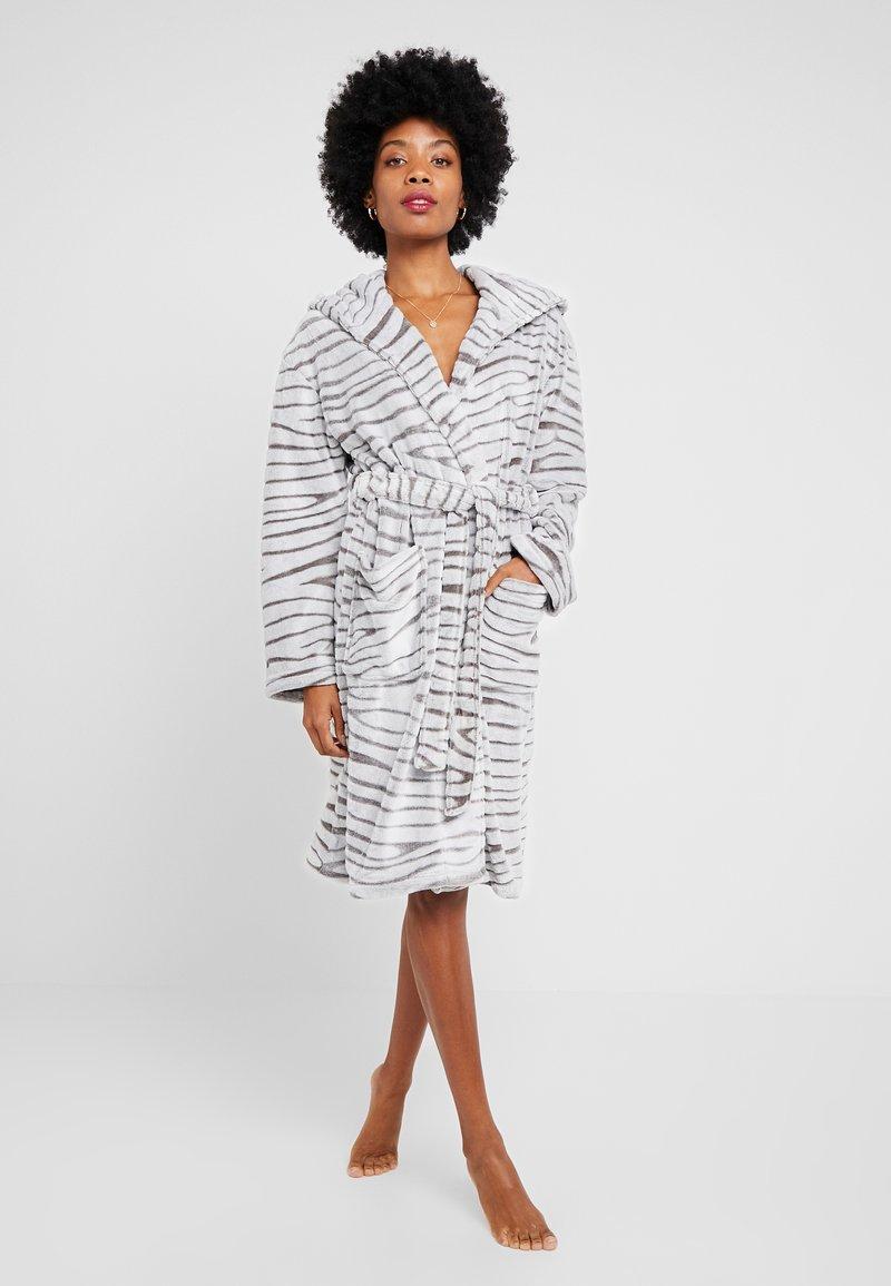 Dorothy Perkins - ZEBRA CLIPPED - Dressing gown - light grey