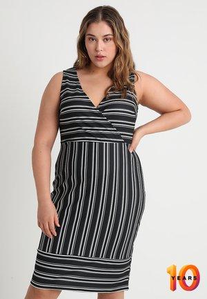 EXCLUSIVE 18 HOUR BLAIR STRIPE BARDOT DRESS - Pouzdrové šaty - monochrome