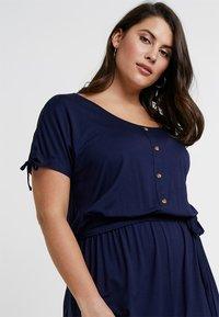 Dorothy Perkins Curve - BUTTON DOWN MIDI DRESS - Jersey dress - navy blue - 3