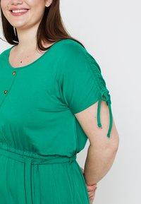 Dorothy Perkins Curve - BUTTON DOWN MIDI DRESS - Jersey dress - green - 3