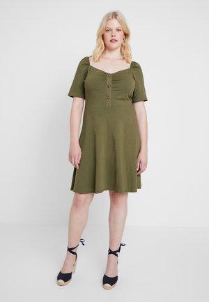 BUTTON RUCHED DRESS - Jerseyjurk - khaki