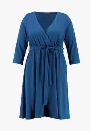 WRAP DRESS SLEEVE - Robe en jersey - teal
