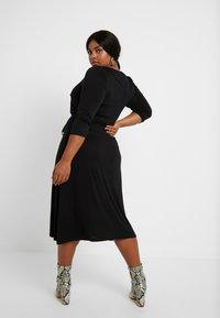 Dorothy Perkins Curve - 3/4 SLEEVE MIDI - Jersey dress - black - 3