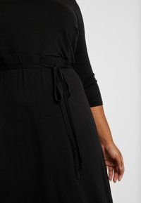 Dorothy Perkins Curve - 3/4 SLEEVE MIDI - Jersey dress - black - 5