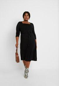 Dorothy Perkins Curve - 3/4 SLEEVE MIDI - Jersey dress - black - 2