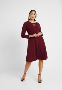 Dorothy Perkins Curve - Vestido informal - red - 1