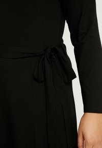 Dorothy Perkins Curve - KEYHOLE MIDI DRESS - Jerseykjole - black - 6