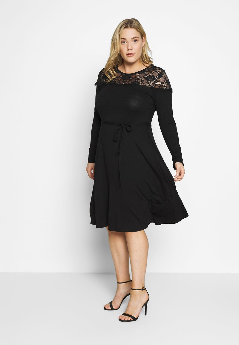 Dorothy Perkins Curve - VICTORIANA FIT AND FLARE DRESS - Robe fourreau - black