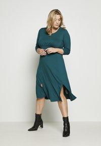 Dorothy Perkins Curve - Jersey dress - teal - 0