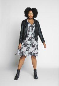 Dorothy Perkins Curve - BRUSHED WRAP DRESS - Jumper dress - multi - 1