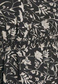 Dorothy Perkins Curve - CURVE MONO FLORAL MIDAXI DRESS - Denní šaty - multicoloured - 5