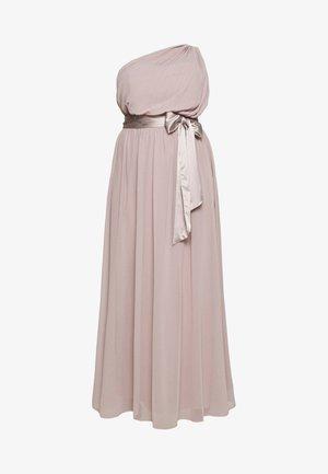 SADIE SHOULDER DRESS - Společenské šaty - mink