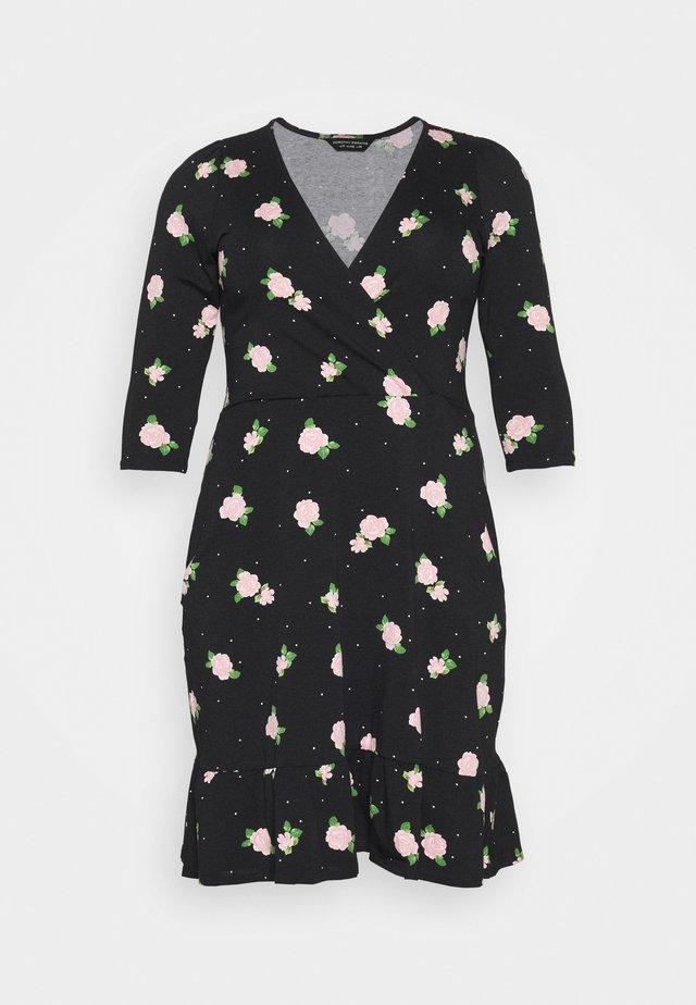 CURVE TIERED - Korte jurk - black