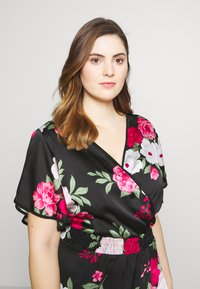 Dorothy Perkins Curve - BILLIE AND BLOSSOM YORYU MIDI - Denní šaty - black - 3