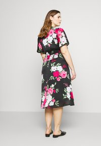 Dorothy Perkins Curve - BILLIE AND BLOSSOM YORYU MIDI - Denní šaty - black - 2