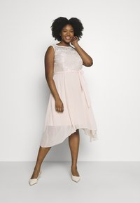 Dorothy Perkins Curve - BILLIE SLEEVELESS LACE LOW MIDI DRESS - Juhlamekko - blush - 1