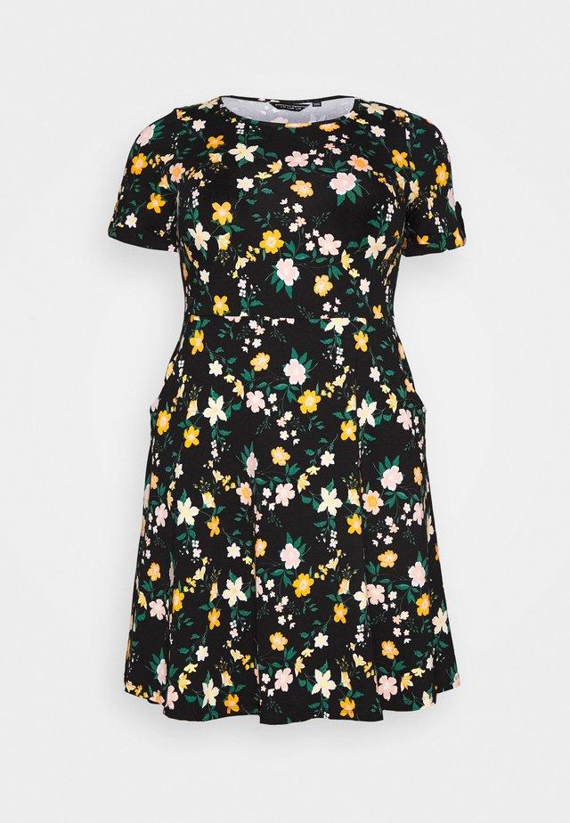 CURVE NAVY DRESS - Sukienka z dżerseju - black/yellow