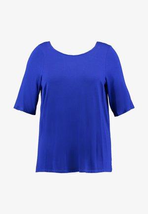 CROSS BACK - T-shirt con stampa - cobalt