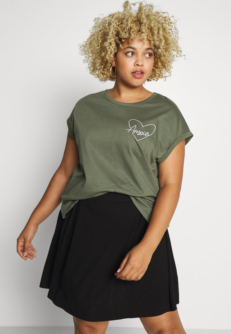 Dorothy Perkins Curve - HEART MOTIF TEE - T-shirt con stampa - khaki