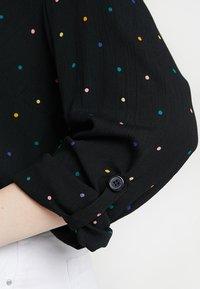 Dorothy Perkins Curve - PRINTED CRINKLE SHIRT - Skjorta - black base spot - 5