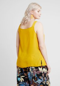 Dorothy Perkins Curve - TAB BUILT UP CAMISOLE - Blouse - ochre - 2