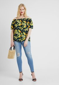 Dorothy Perkins Curve - BUTTON DOWN BARDOT LEMON PRINT - Blouse - navy - 1