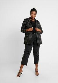 Dorothy Perkins Curve - GEO - T-shirts med print - black - 1