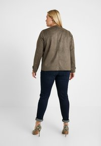 Dorothy Perkins Curve - WATERFALL JACKET - Giacca in similpelle - khaki - 2