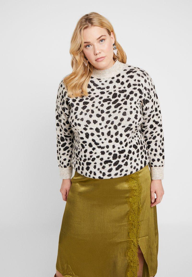 Dorothy Perkins Curve - STEP HEM JUMPER - Stickad tröja - black/beige