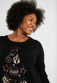 Dorothy Perkins Curve - BAUBLE CHRISTMAS TREE JUMPER - Jumper - black - 3