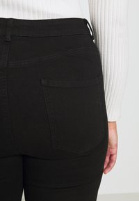 Dorothy Perkins Curve - SHAPE AND LIFT - Jeans Skinny Fit - black - 6