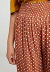 Dorothy Perkins Curve - SPOT - Shorts - rust