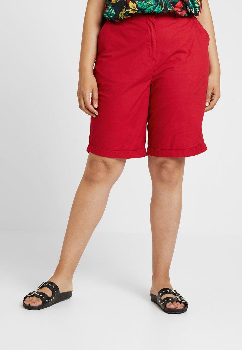 Dorothy Perkins Curve - POPLIN KNEE - Shorts - red
