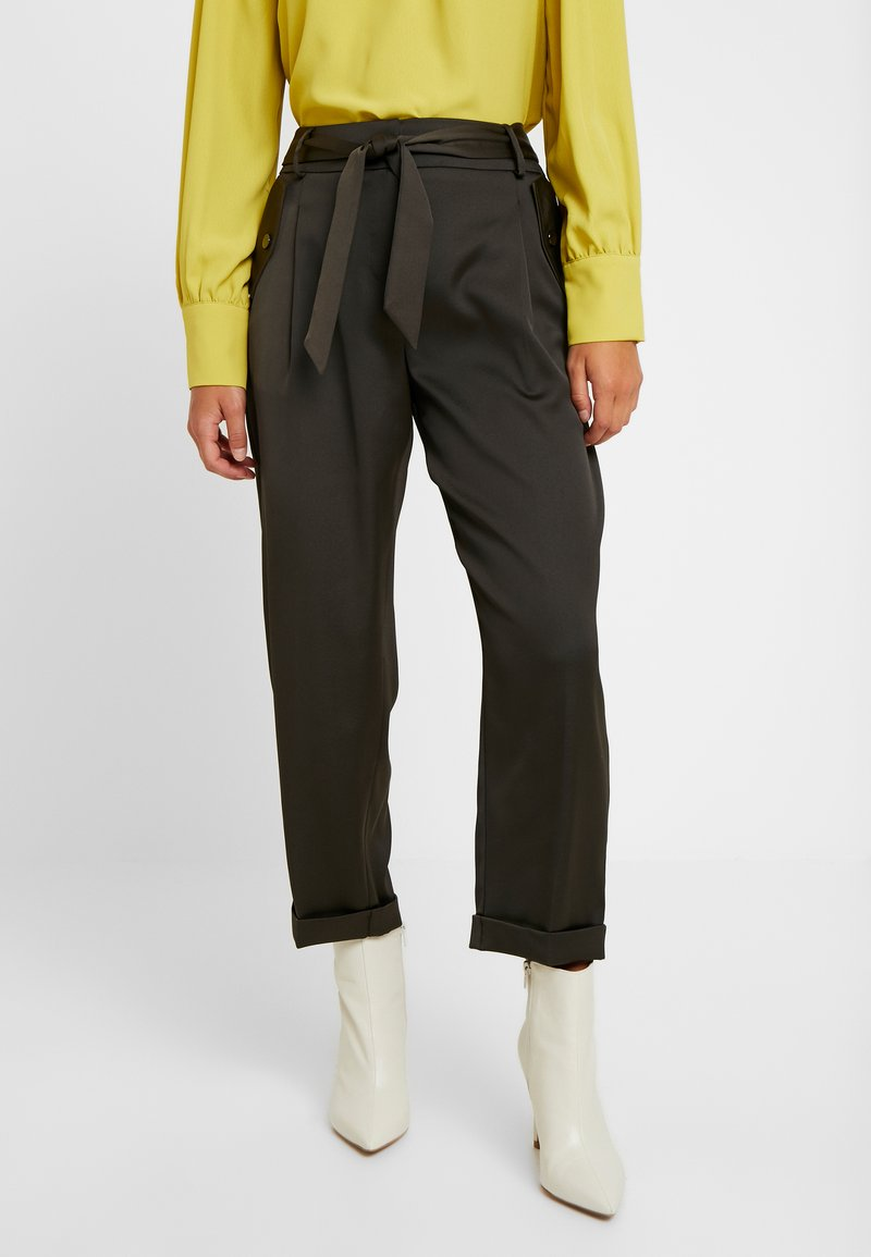 Dorothy Perkins Petite - LUXE CARGO TROUSER - Pantalones - khaki
