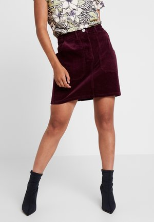 Mini skirt - berry